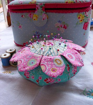 Free] Wild Flower Pincushion by Anna Maria Horner - Talk About ...