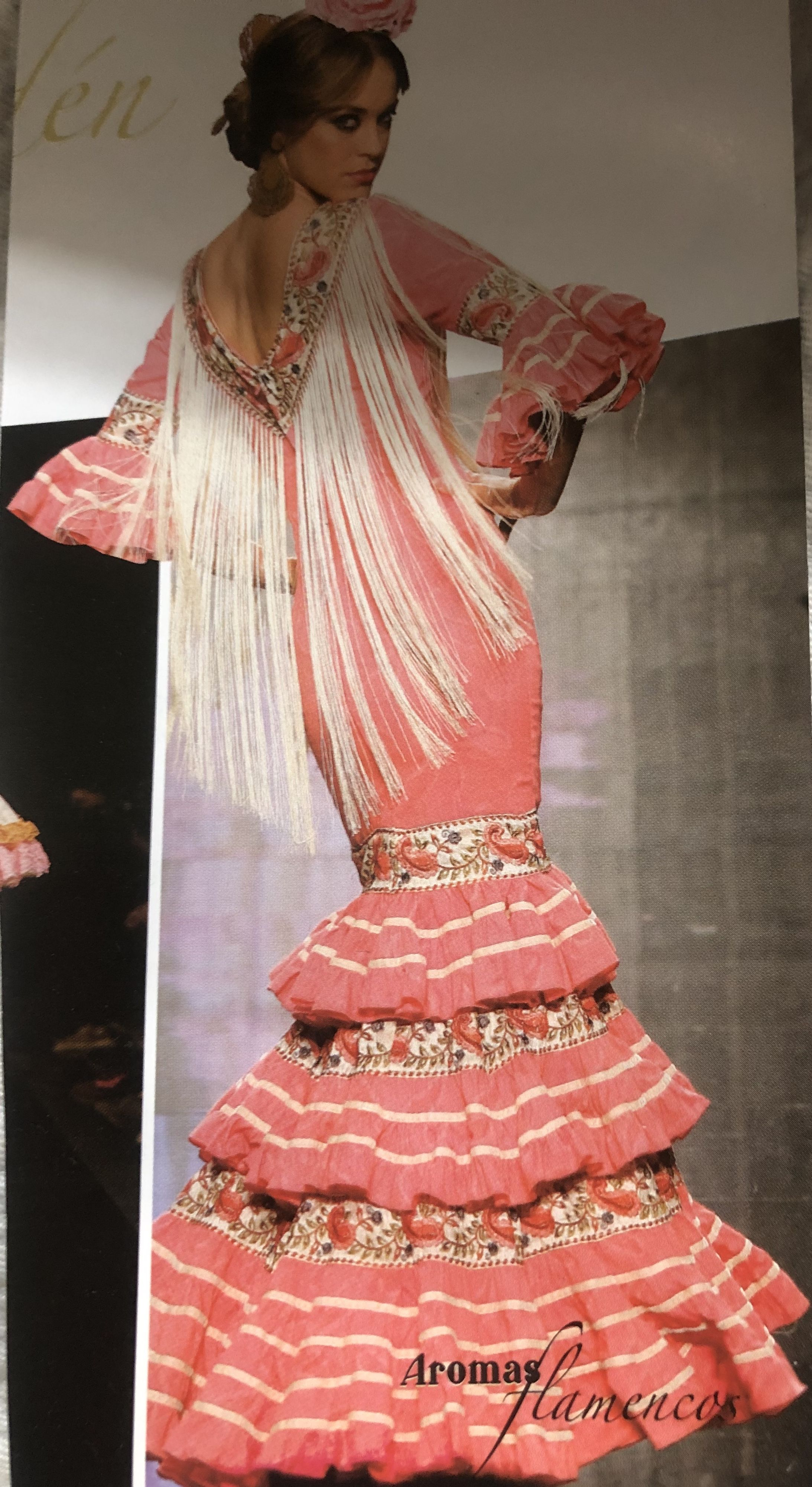 Pin de Cositasdequerubin en Moda flamenca en 2020 Moda