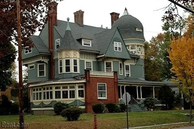 Victorian Home 2 3 Bedroom Units North Plainfield New Jersey North Plainfield Victorian Homes Plainfield