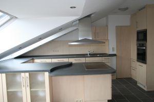 Küche Unter Der Dachschräge | Kuche Unter Dachschrage Kuhinja Kuche Kuche Dachschrage Und