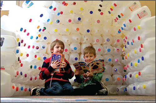 Amazing Library Displays igloo in winter Milk jug