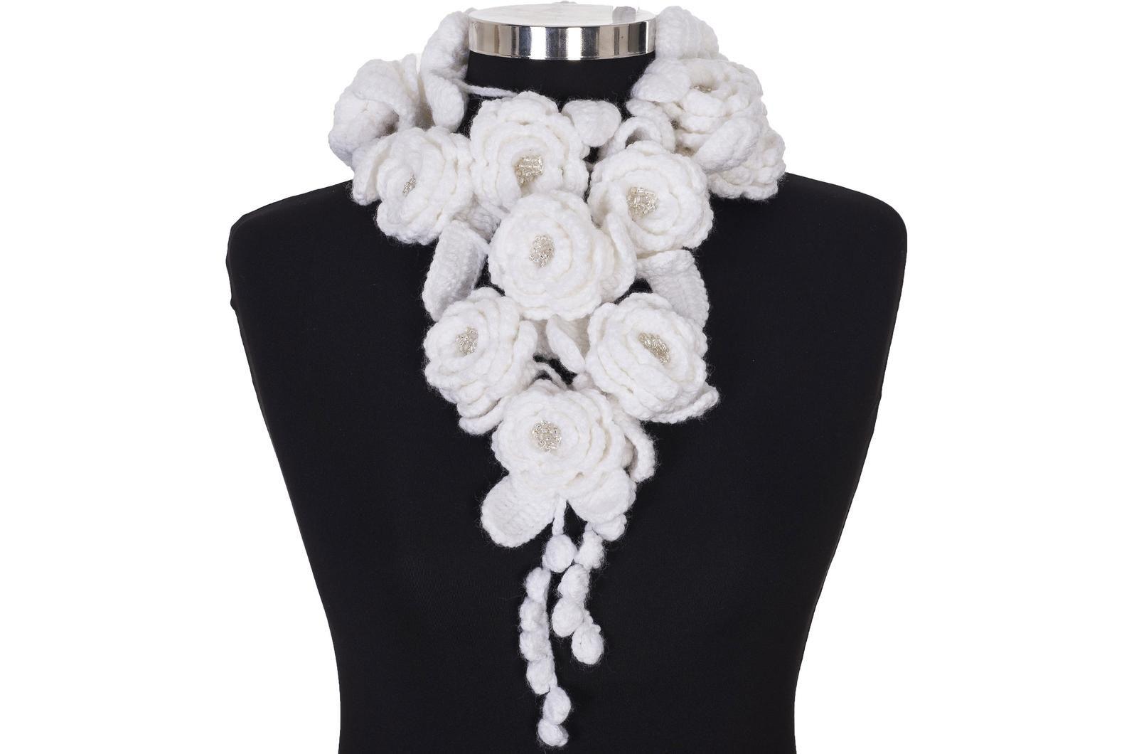 Fiori Bianchi Alluncinetto.Sciarpa Lariat Fiore All Uncinetto Sciarpa Bianco Crochet