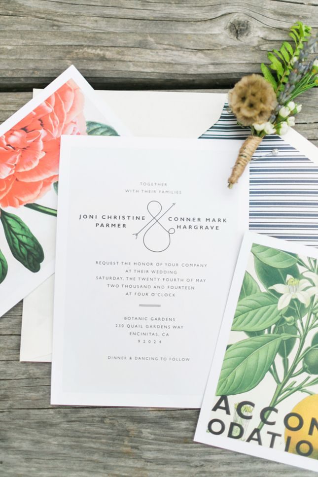Play up minimalist wedding invitations with accented stationery