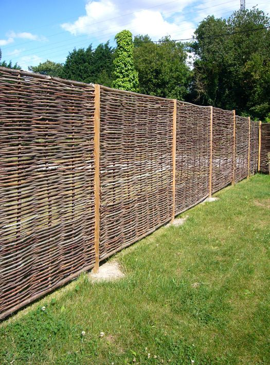 Clôture en bois tressée naturel | MauricE | Pinterest | Clôture en ...