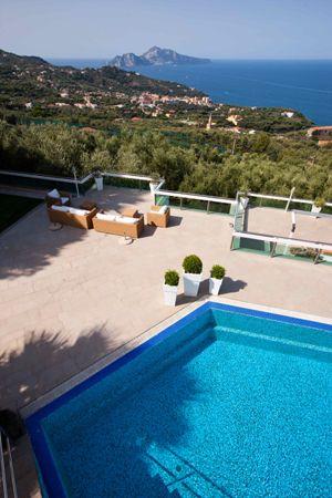 Photos And Pictures Of La Contessa Azzurra Sorrento Sorrento Coast Italy Vista Views Villa