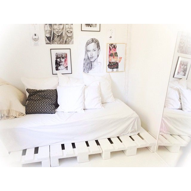 #cozy#saturday#my#room#sunny#day#beautiful#autum ☁️☀️ #Padgram