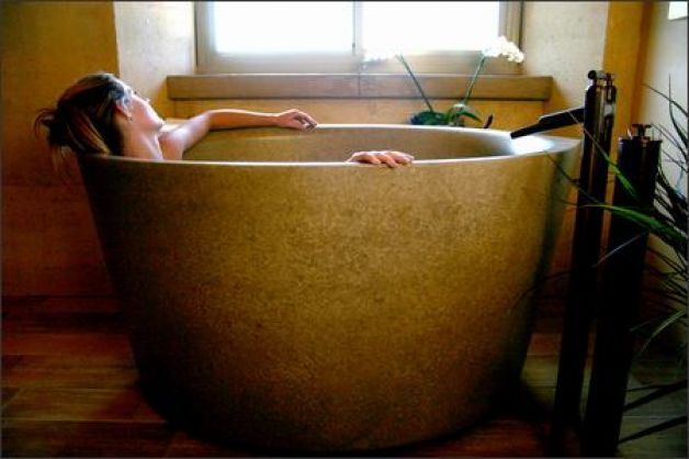Trendy tubs give up-to-the-chin soaks