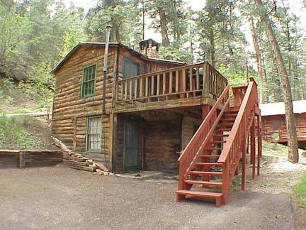 Noisy Water Lodge Pine S Way Cabin Ruidoso Cabins Noisywaterlodge Lodging Ruidoso Nm Newmexico Travel Natural Stone Fireplaces Cabin House Styles