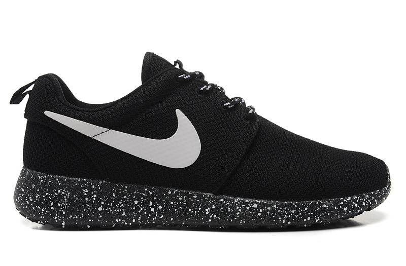 Nike Roshe Run Men Women Ink-jet Black White Training Shoes