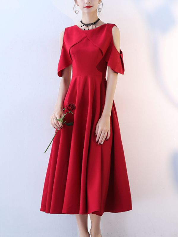 Metisu offers Burgundy Cold Shoulder Flounced Maxi Dress   more to fit your  fashion needs. Free shipping on orders over  60. 398747b7926c