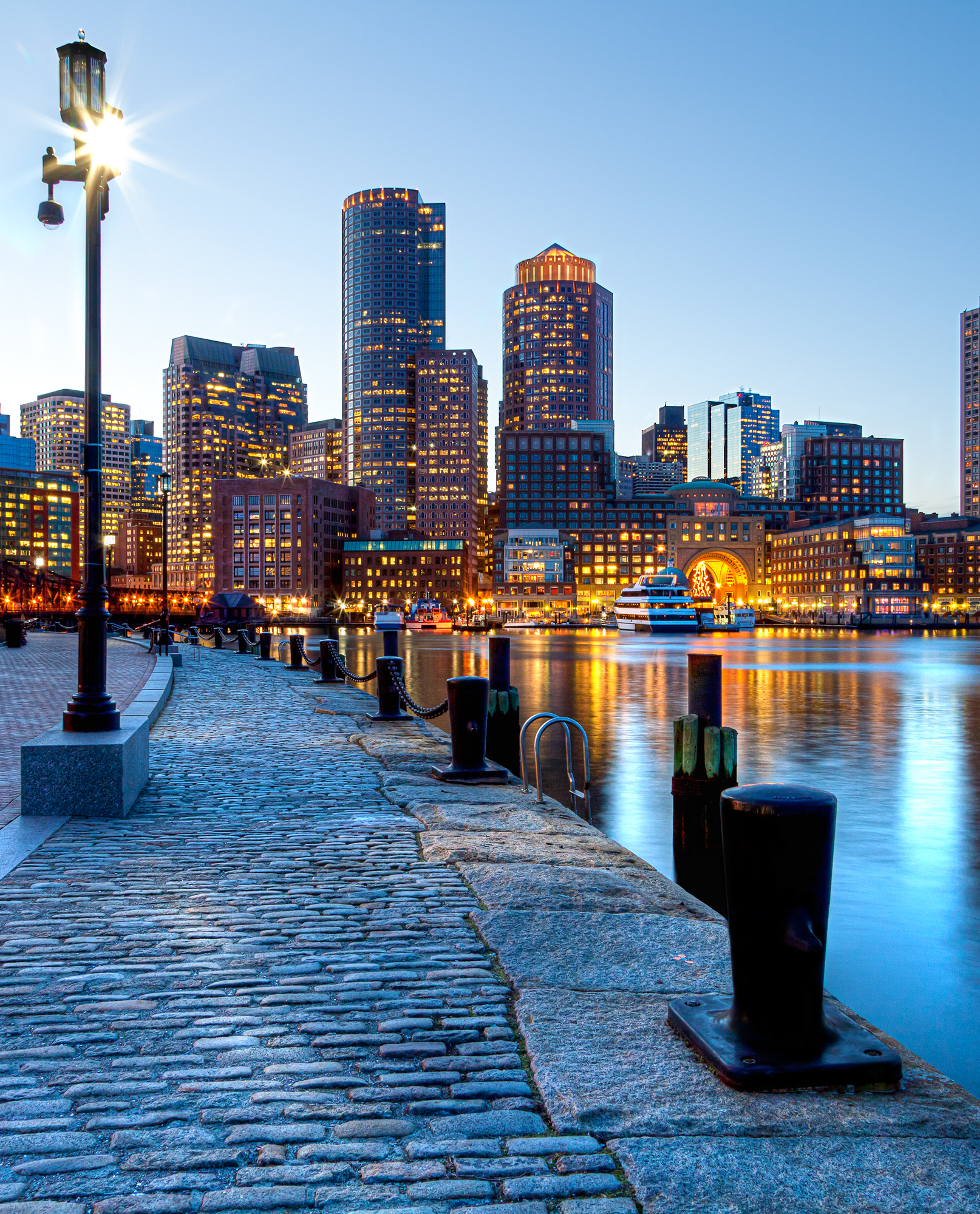 Boston Vacations Ideas: Downtown Boston, United States #trips #travelphotos