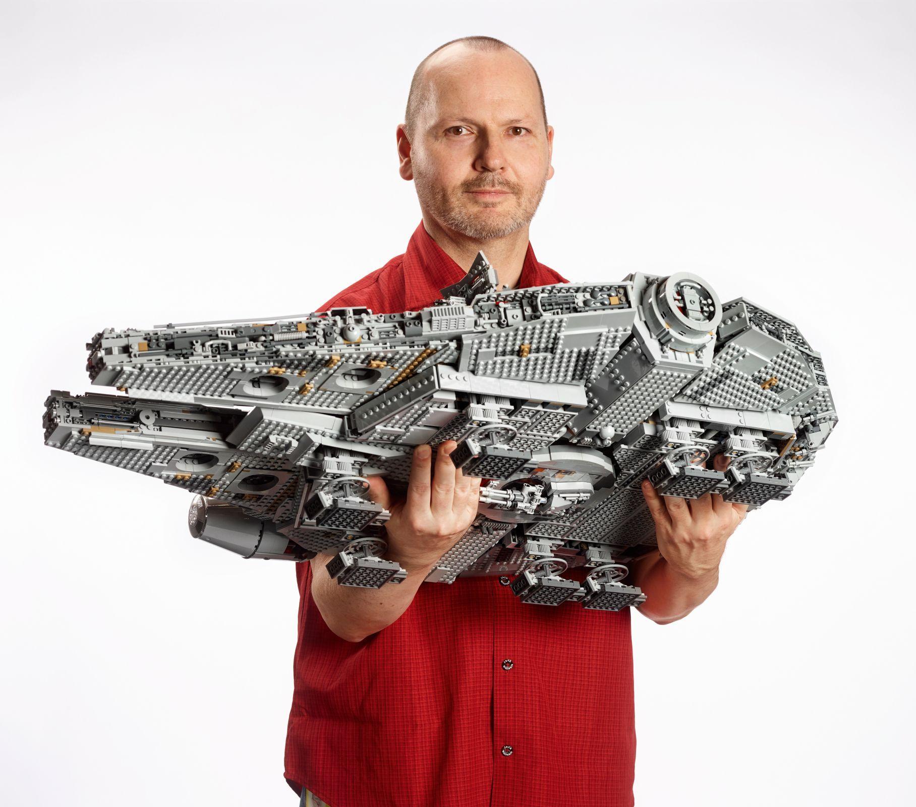 Millennium Falcon 75192 Star Wars Buy Online At The Official Lego Shop Au Millennium Falcon Lego Lego Star Wars Lego Star