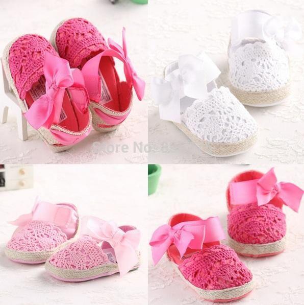 Pierwsze Buciki Sandalki Niemowlece R 20 Koronka 5361869558 Oficjalne Archiwum Allegro Baby Crib Shoes Baby Shop Online Baby Girl Newborn