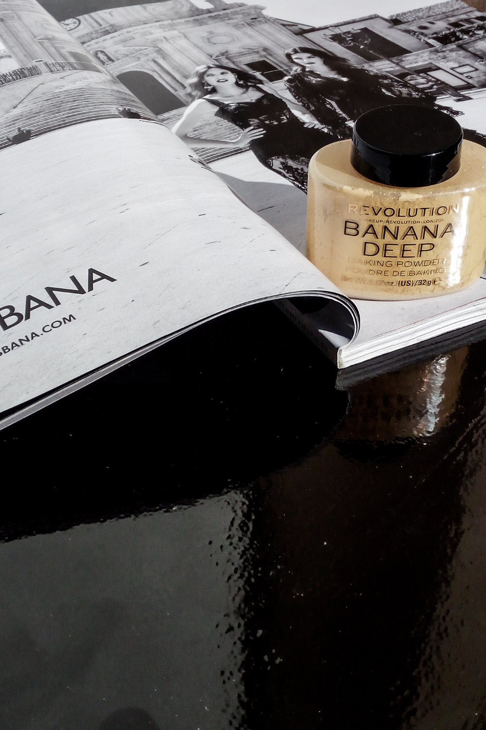 Makeup Revolution Luxury Banana Powder in 2020 Banana