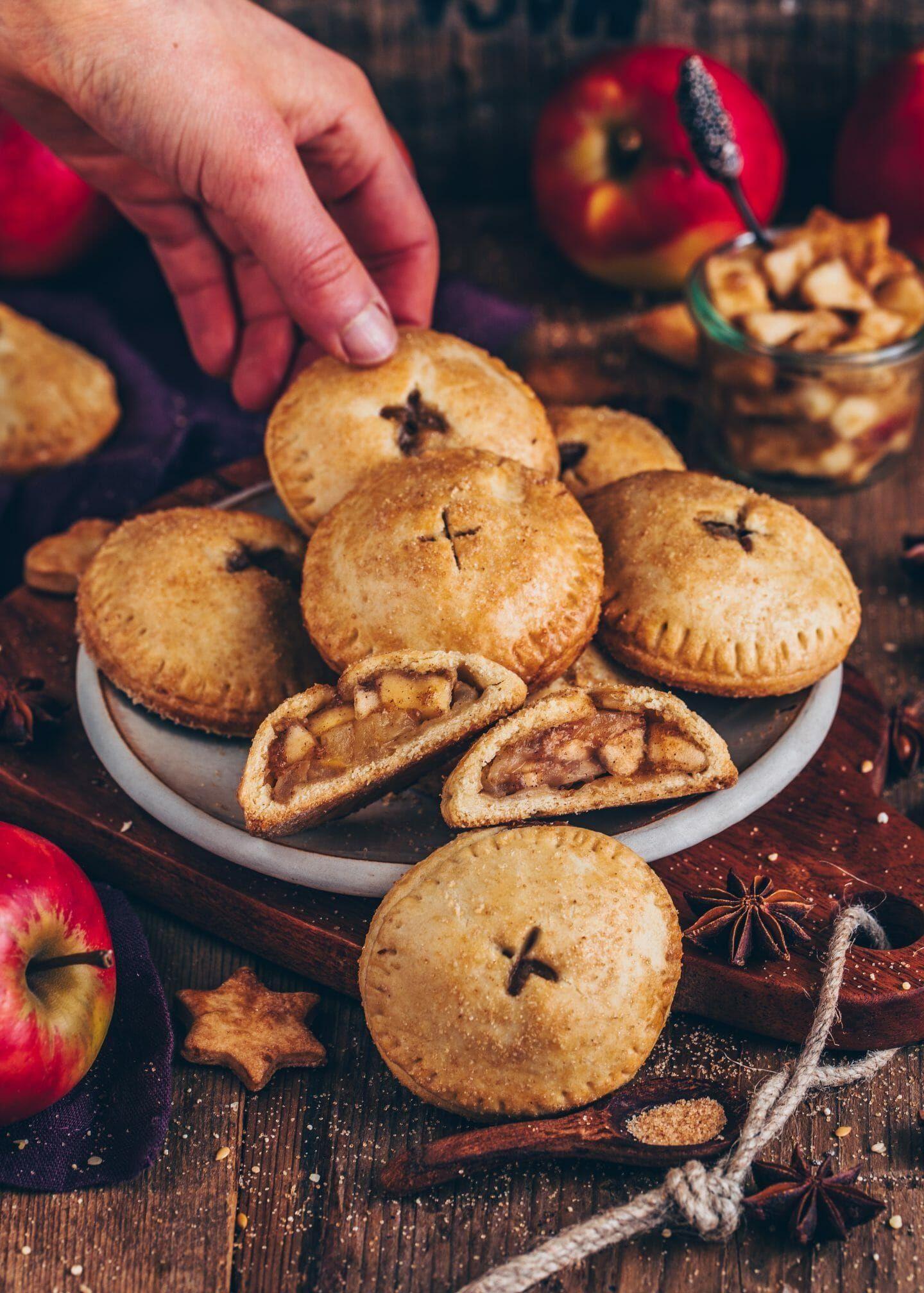 Apfel Hand Pies (vegane Mini-Apfelkuchen) - Backen -