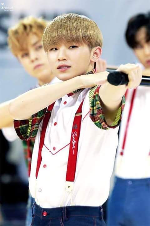 Woozi so cute TTuTT then I realized, his armpit is brighter than my future /cries*/