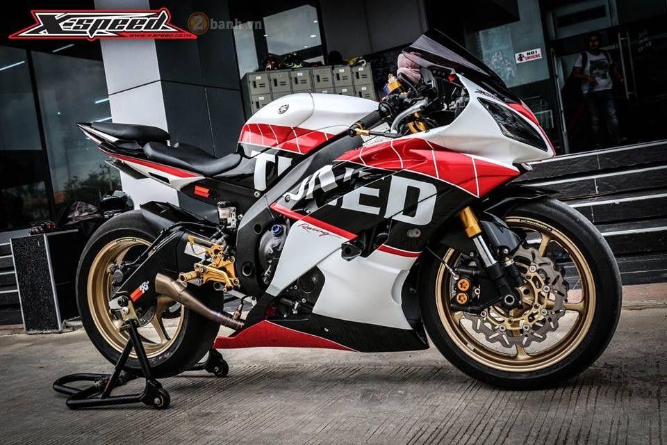 Đánh giá bài viết nhé bạn! Tuy chỉ thuộc dòng Sportbike tầm trung thế nhưng Yamaha R6 lại được xem là mẫu xe thể thao được yêu thích thất hiện nay. Bên cạnh một vẻ ngoài thể thao với những đường nét cắt xẻ vô cùng ấn tượng, YZF-R6 còn sở hữu khối động cơ ...