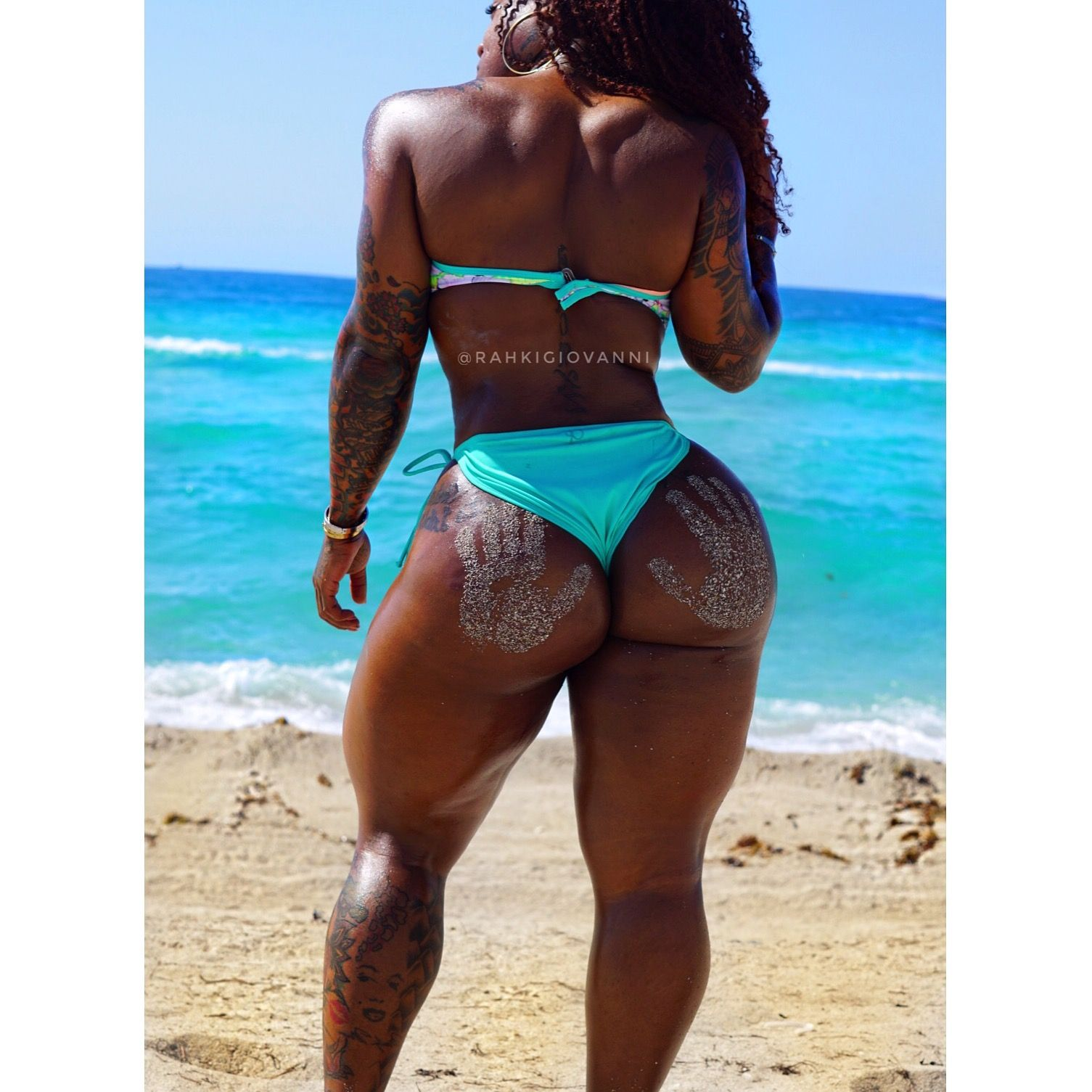 rahkigiovanni #fitness #thick #thickwoman weightloss fatloss thick