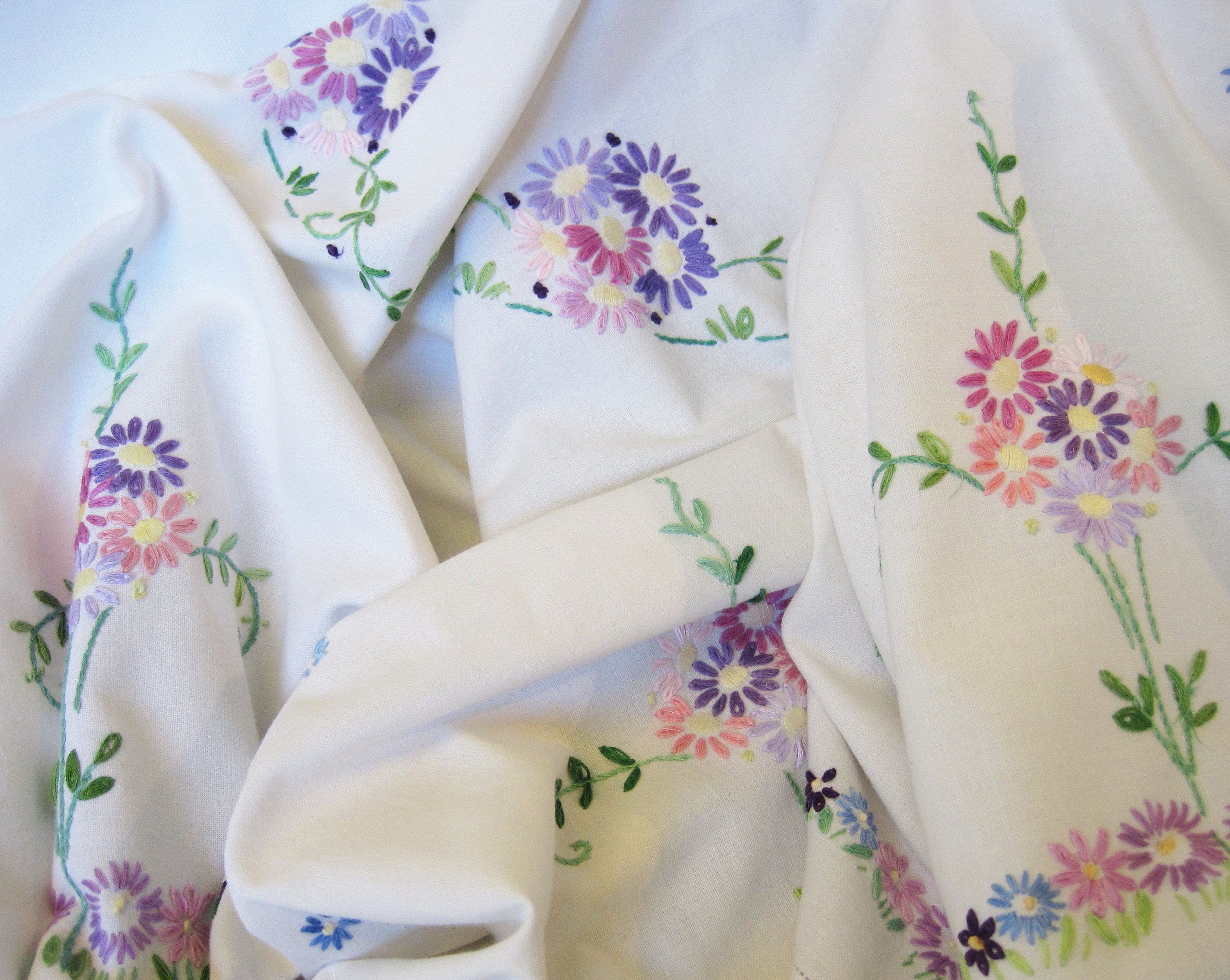 Captivating Large Hand Embroidered Daisy Tablecloth, Vintage Linen Tablecloth With Pink  And Lilac Daisies