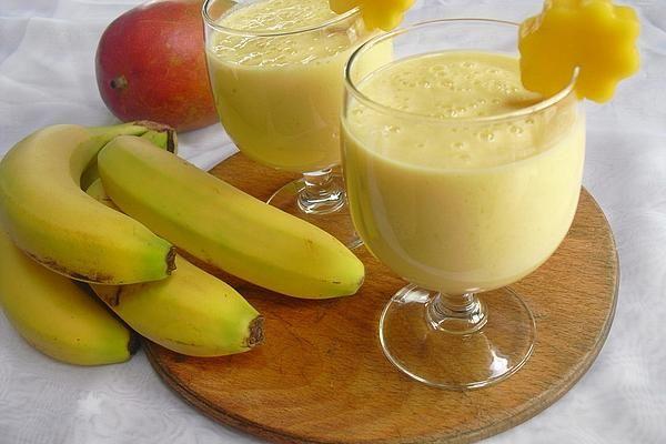 Mango - Bananen - Smoothie   Rezept in 2020   Bananen