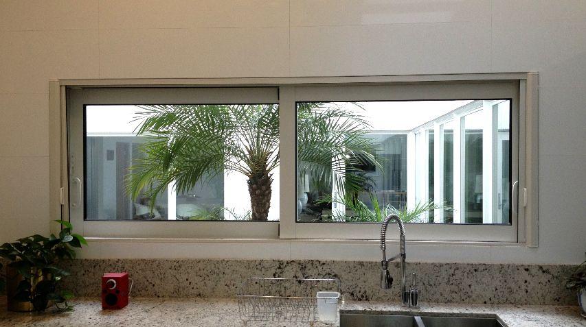 Ventana corrediza de aluminio aluminum sliding window for Ventanas de aluminio para cocina