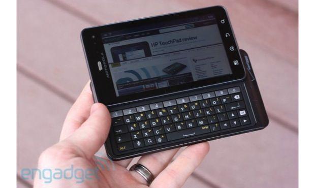 Motorola lists phones that won\u0027t get Jelly Bean, offers $100 credit