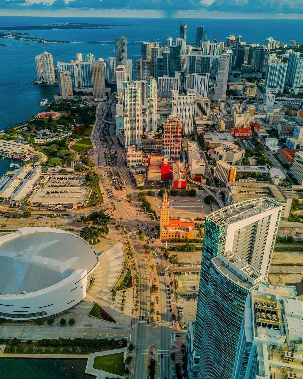 Downtown Miami By @acetheillest In 2020