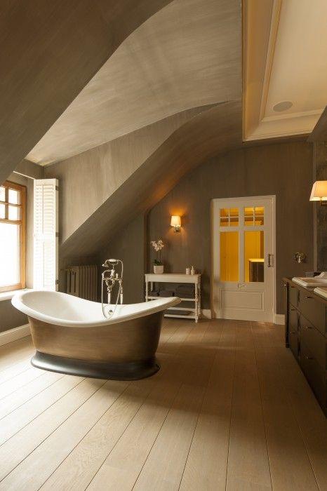 vrijstaand bad - landelijke badkamer - Taps & Baths | landelijke ...