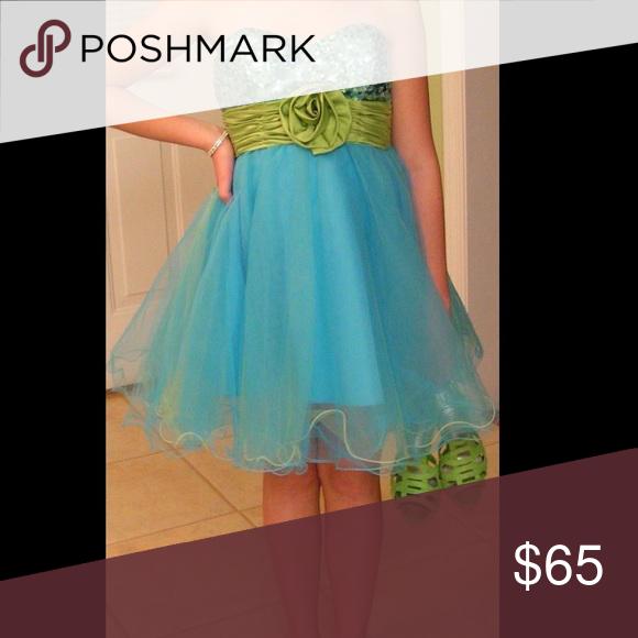 5e94335bbc7 Short Prom Dress Fun Prom Dress Comes with sash Xtraordinary Dresses Prom