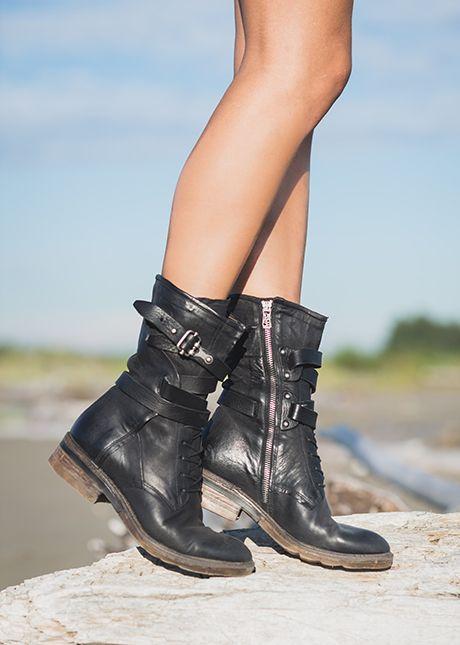 53 Best scarpe e stivali images | Shoes, Boots, Fashion