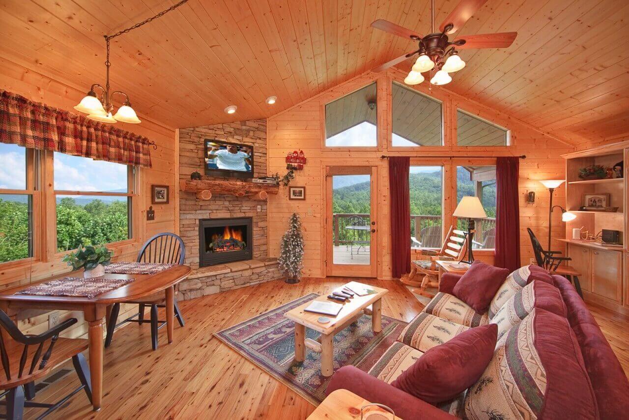 Whispering Creek cabin in Gatlinburg Luxurious bedrooms