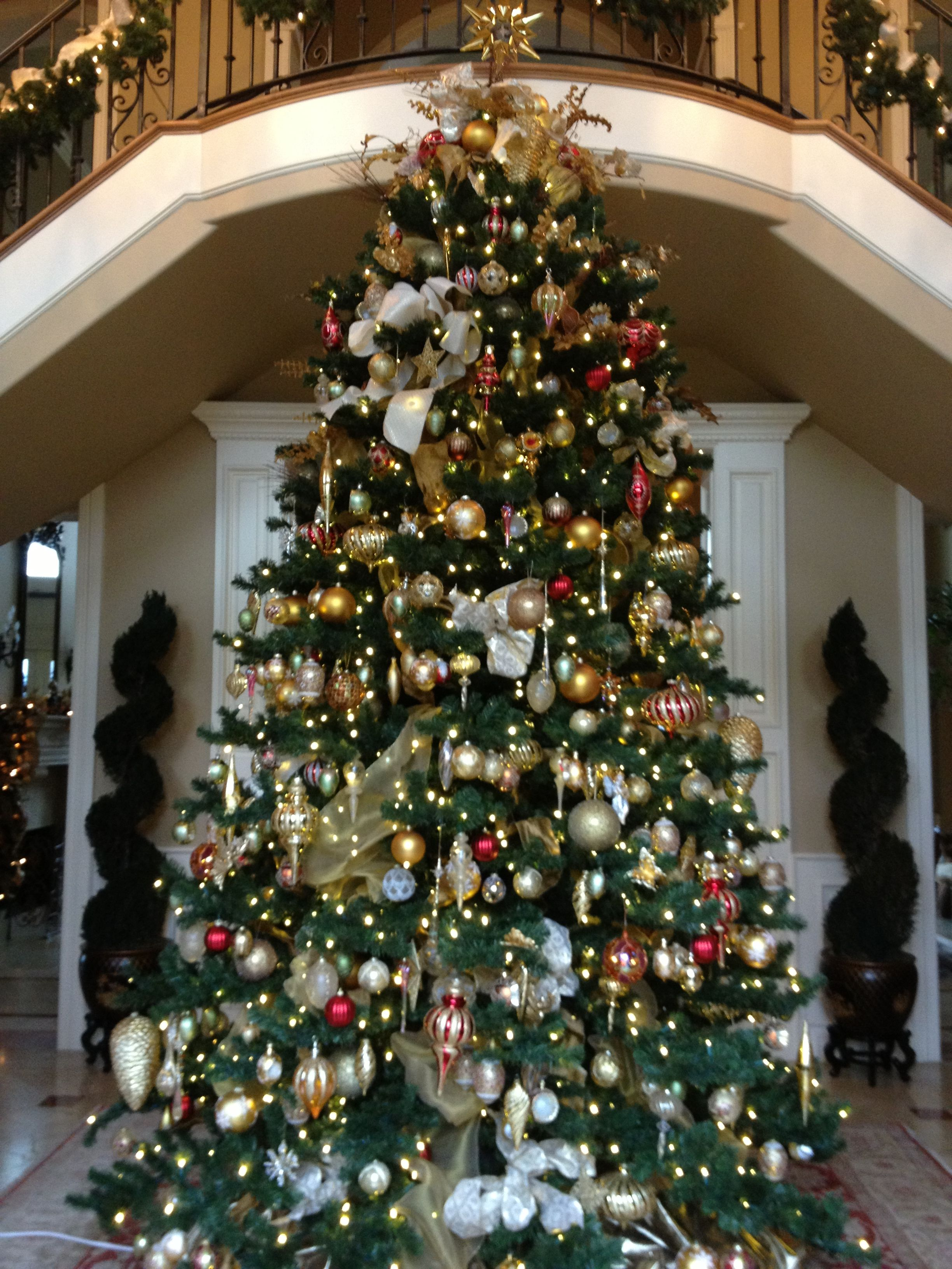 20 Ft Christmas Tree.A Clients 20ft Christmas Tree I Decorated This Year