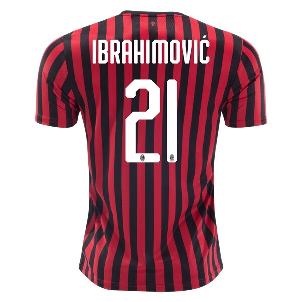 Zlatan Is Back In Milan Where During The 2010 2011 Season He Won Serie A And The Italian Super Cup He Finished In 2020 With Images Zlatan Ibrahimovic Ac Milan World Soccer Shop