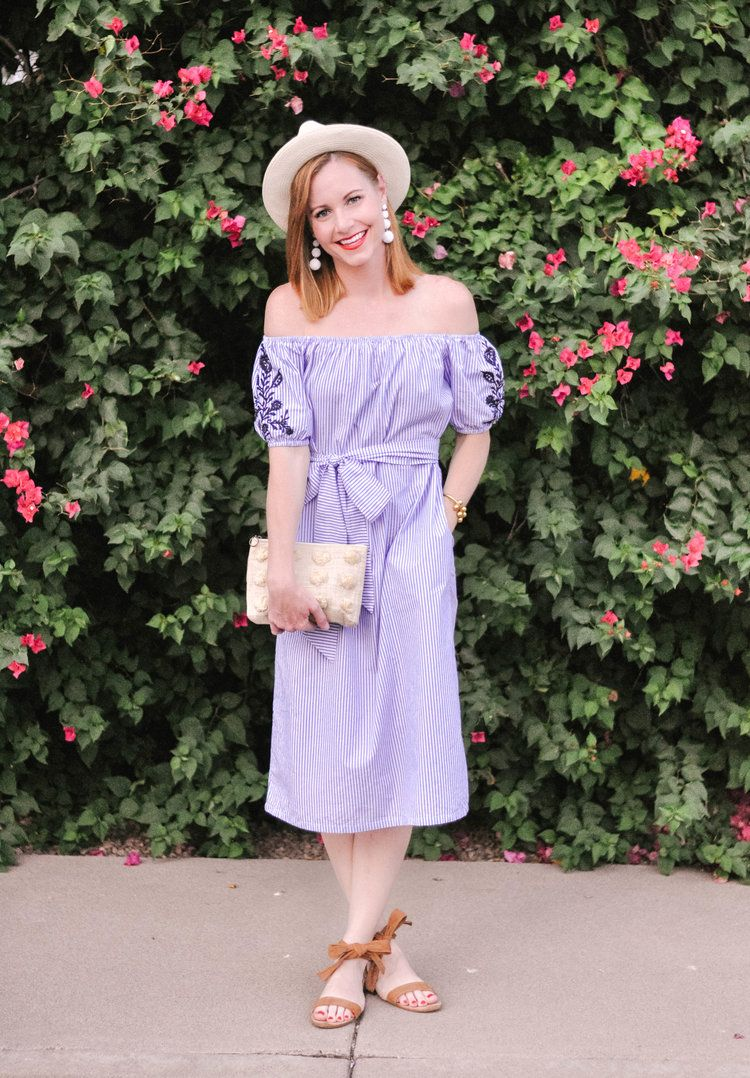 f58858db4e9 This blue striped off the shoulder cotton midi dress is the perfect casual  dress for summer daytime outfits or summer date night outfits   it s SO  easy to ...