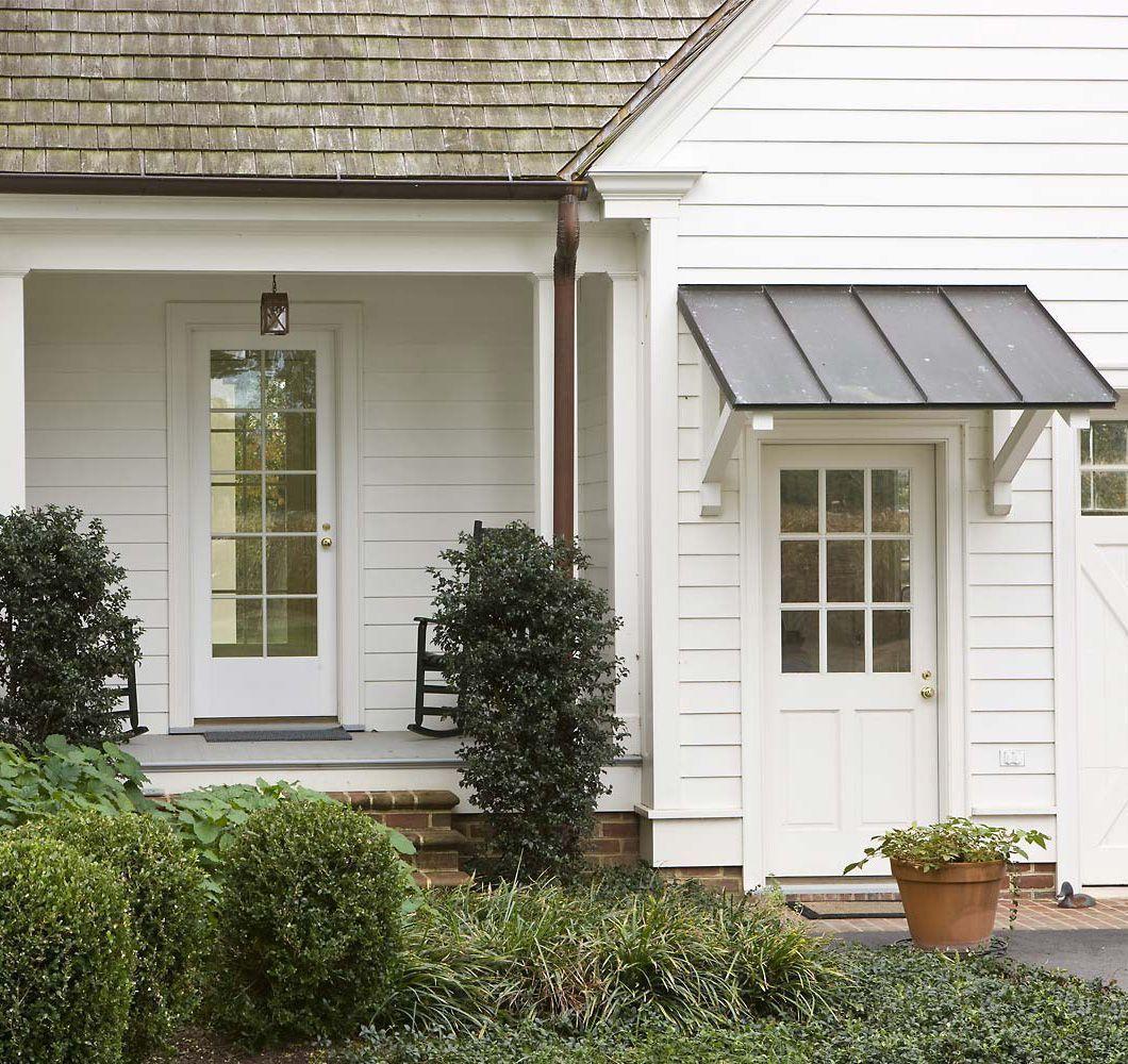49 Cozy And Relaxing Small Farmhouse Garden Ideas Garage Door