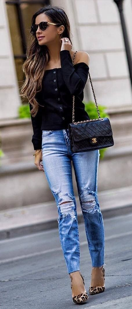 ae1cc63229c amazing outfit black shirt + bag + ripped jeans + heels