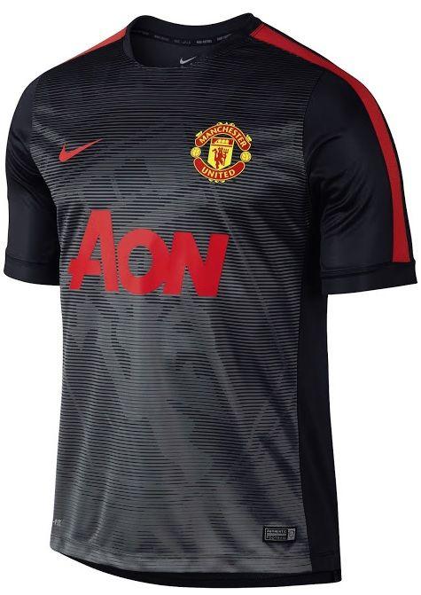 El Manchester United estrena sus últimas camisetas de Nike  a47c052003198