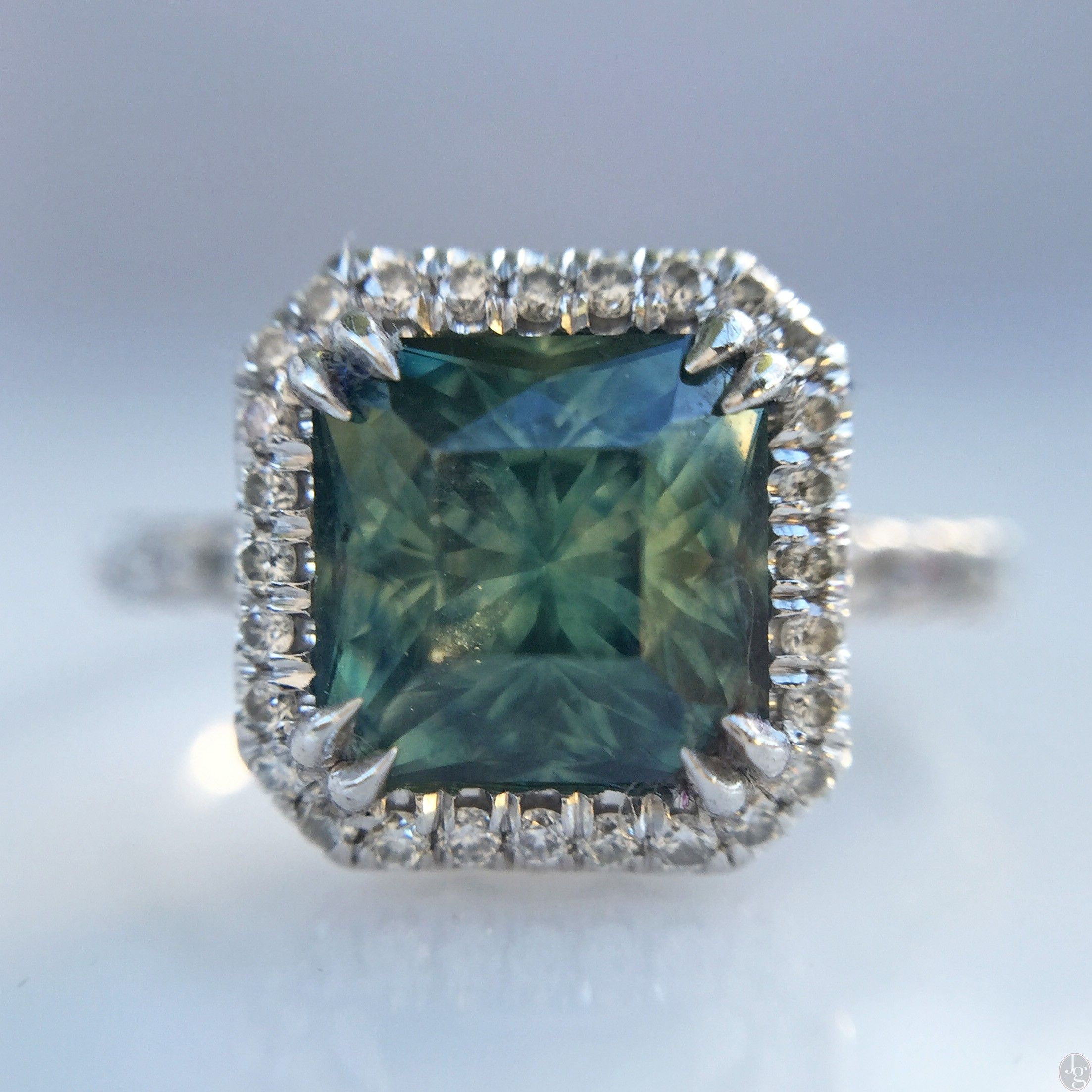 stone i background green gem loop gemstone video wedding turquoise sapphire spinning topaz videoblocks motion