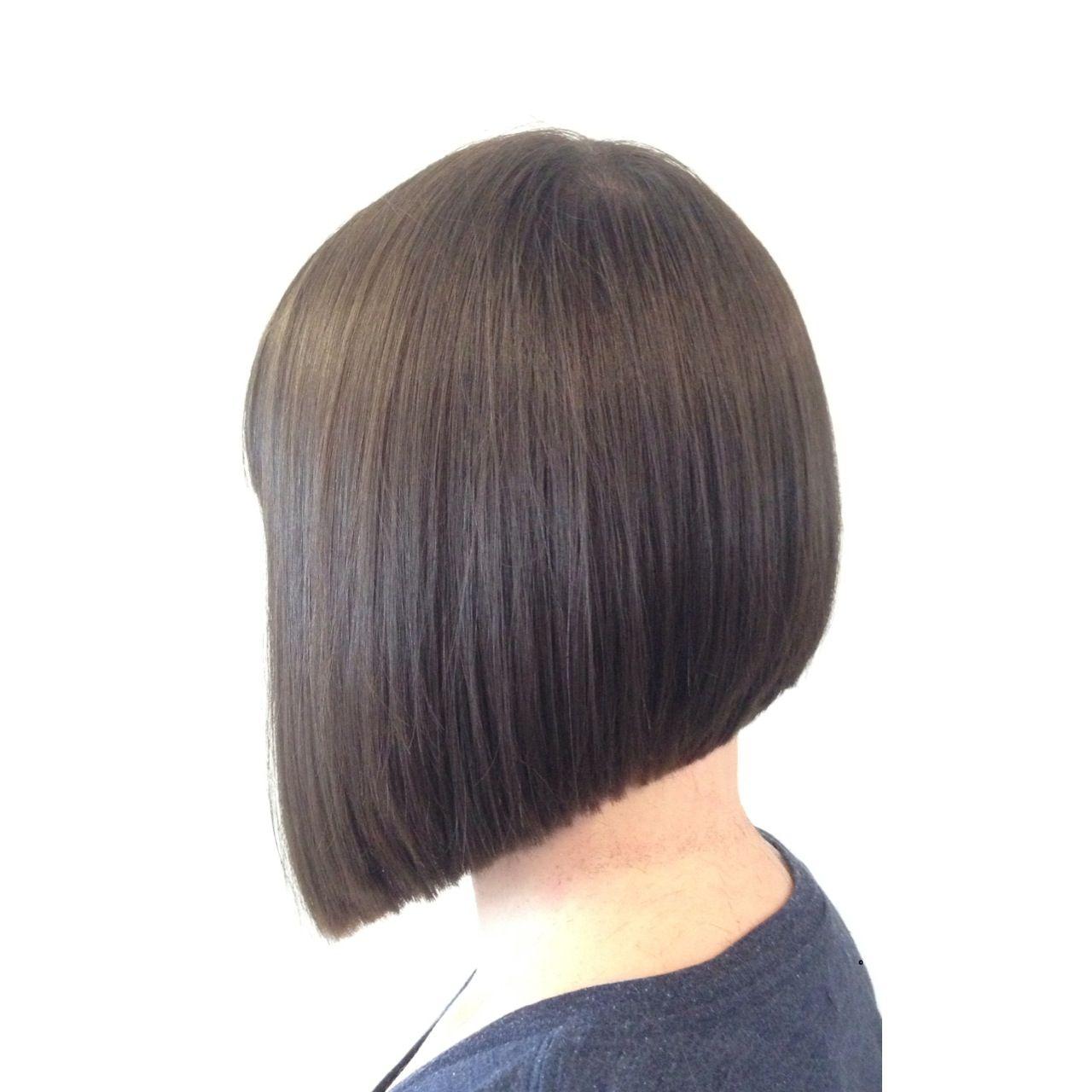 Triangular Graduation Or More Simply A Classic Bob One Length Haircuts One Length Hair Graduated Haircut
