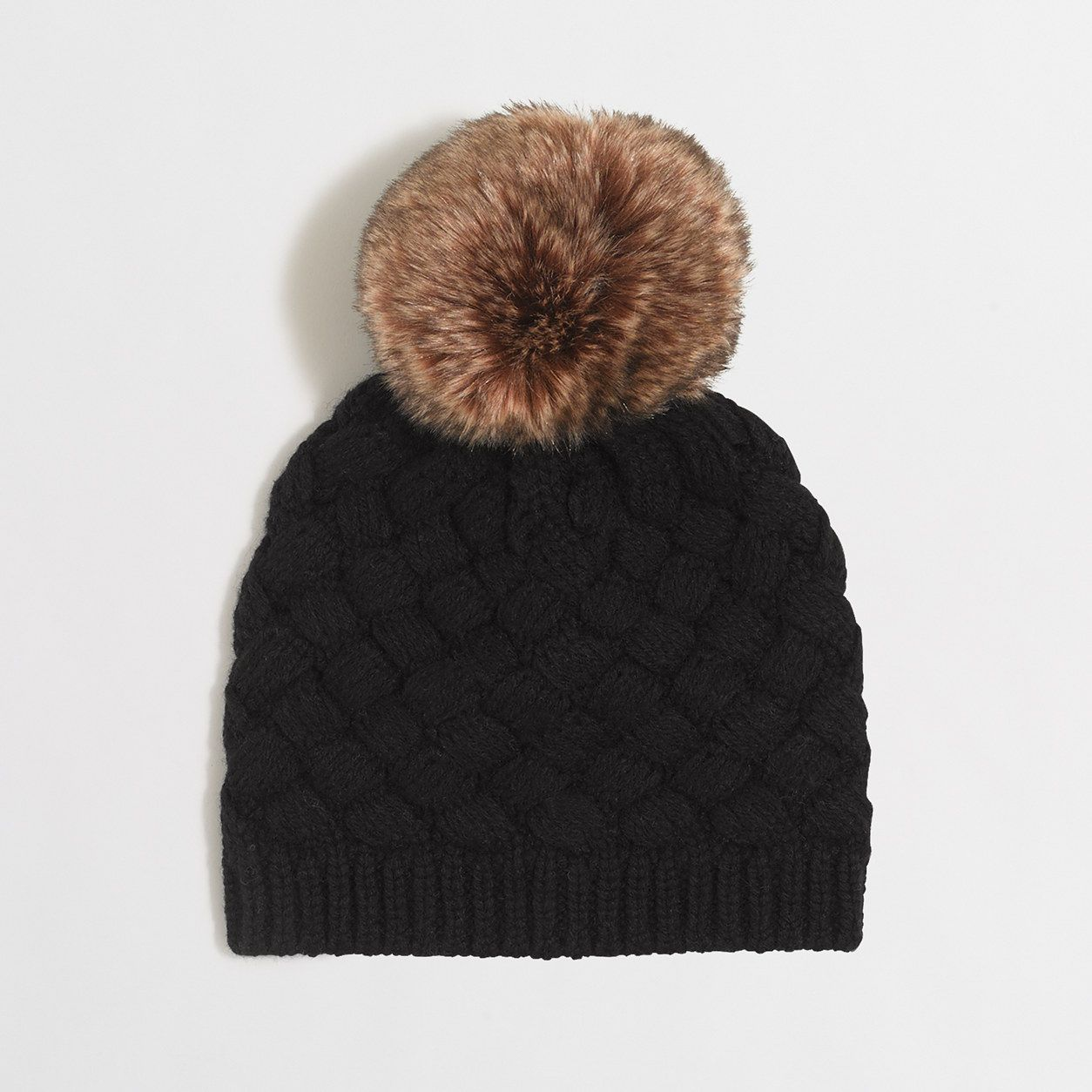 0b13524c2517 Factory knit hat with faux-fur pom-pom   Gifts for Women