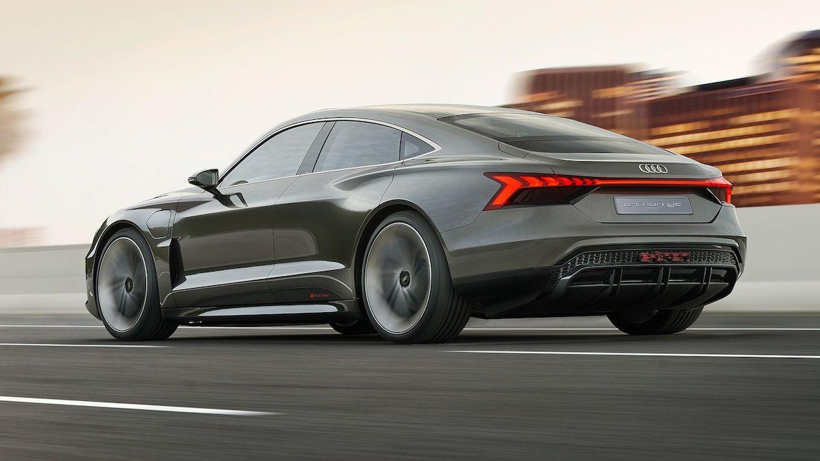 Audi E Tron Concept Debuts At L A Auto Show Heading To Production Audi E Tron E Tron Concept Cars
