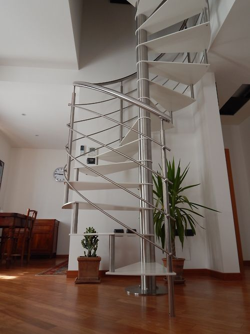 Best Fontanot Spiral Staircase Model Lastra 400 x 300