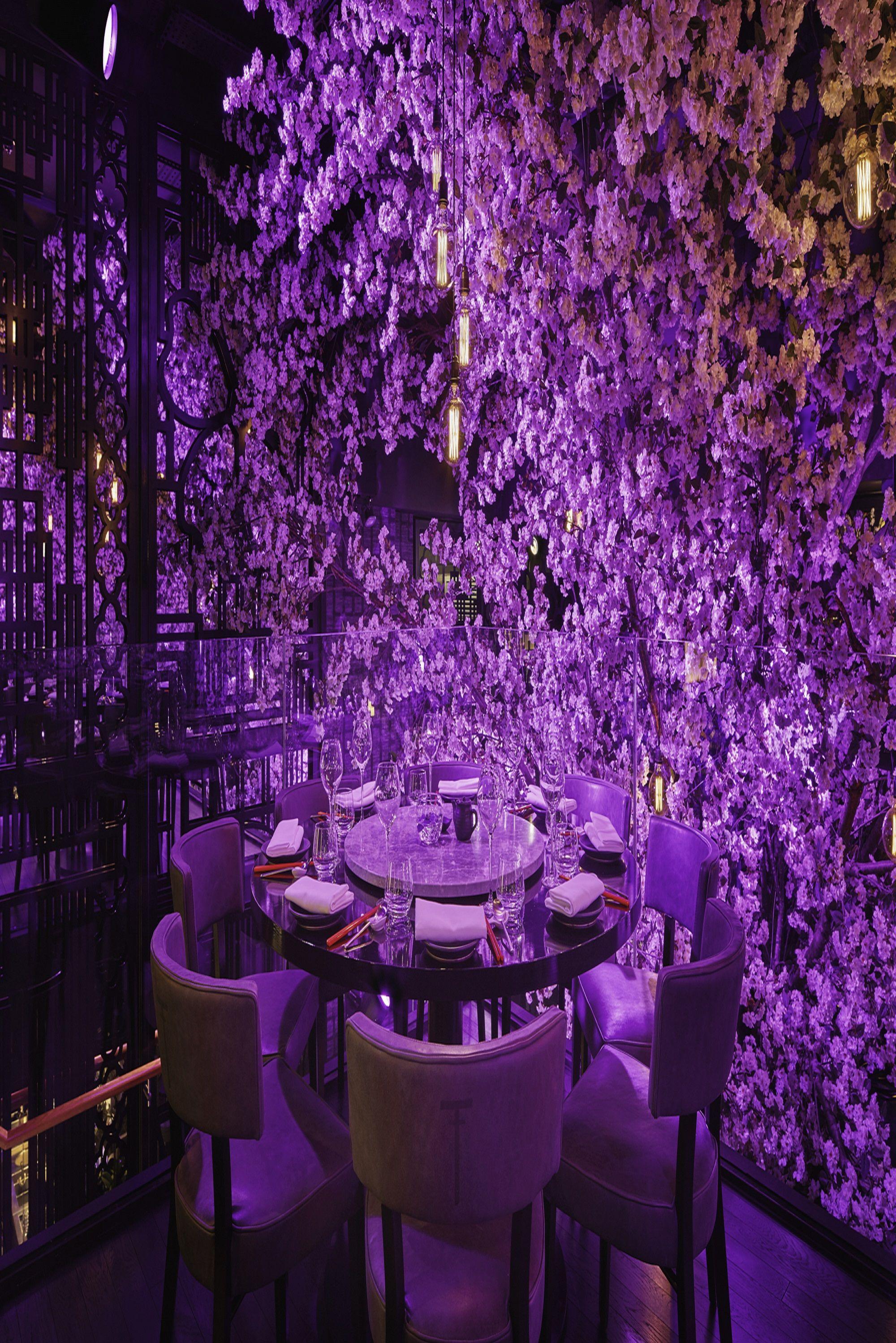 Tattu Restaurant And Bar In Manchester Stunning Decor With A Cherry Blossom Tree In The Mi Restaurant Interior Design Luxury Restaurant Modern Interior Design
