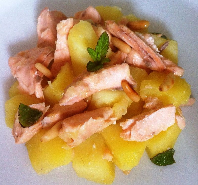 Salmone E Patate Recipe Ricette Cucò Fruit Salad Salad Food
