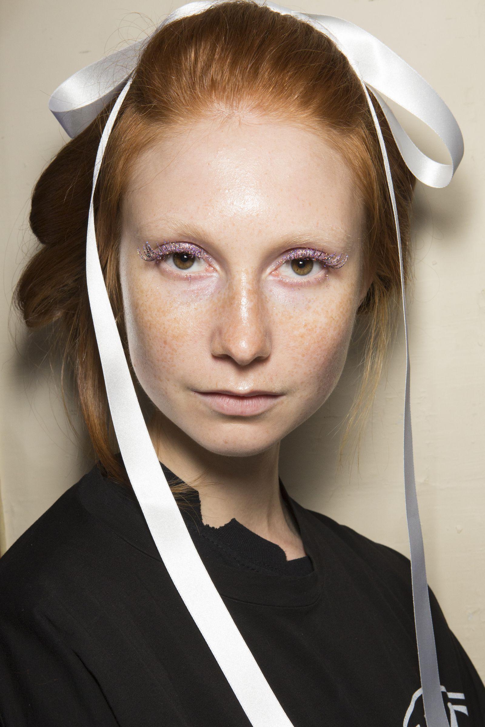 cbe1174d542 Ryan Lo- ellemag Best Makeup Tips, Best Makeup Products, Makeup Lipstick,  Eyeshadow