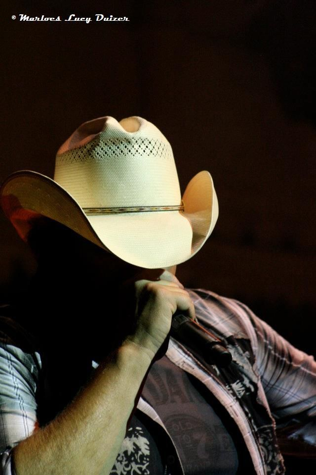 52c1feb0264fb ... Locked   Loaded tour to. toby keith