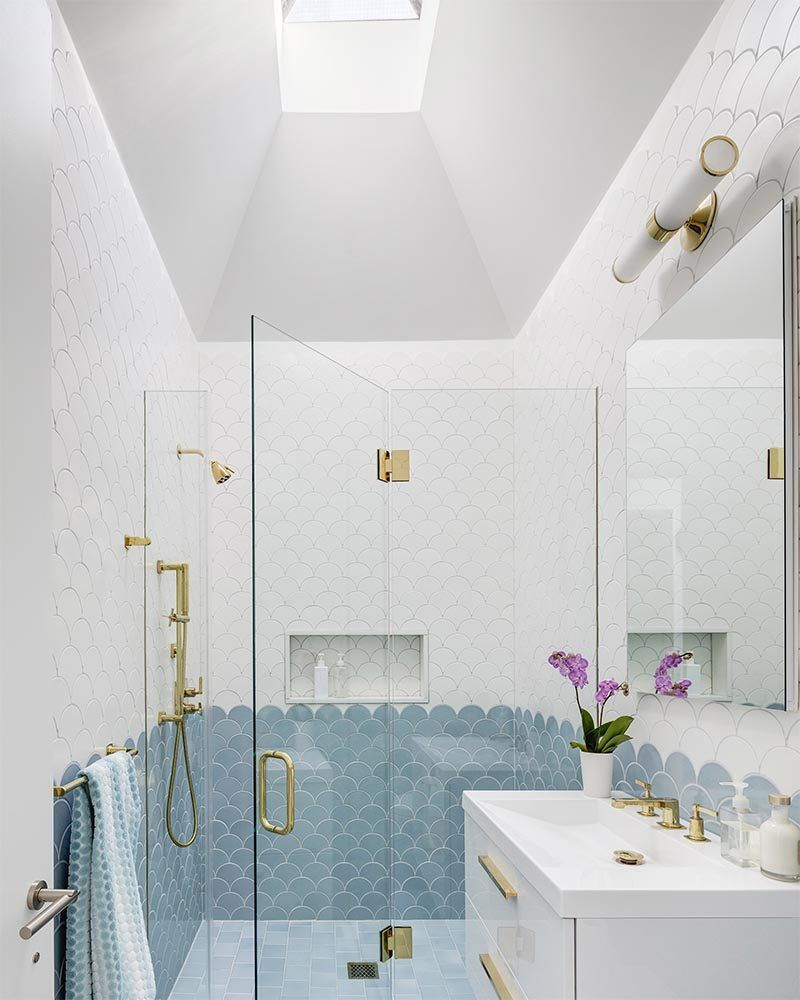 Add This Blue White And Gold Bathroom To Your List Of Design Ideas Blue Bathroom Bathroom Design Gold Bathroom