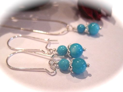 Gorgeous turquoise mother of pearl earrings. Available £10 at http://www.simplysilverbyrebecca.com/simply-bead-earrings.php
