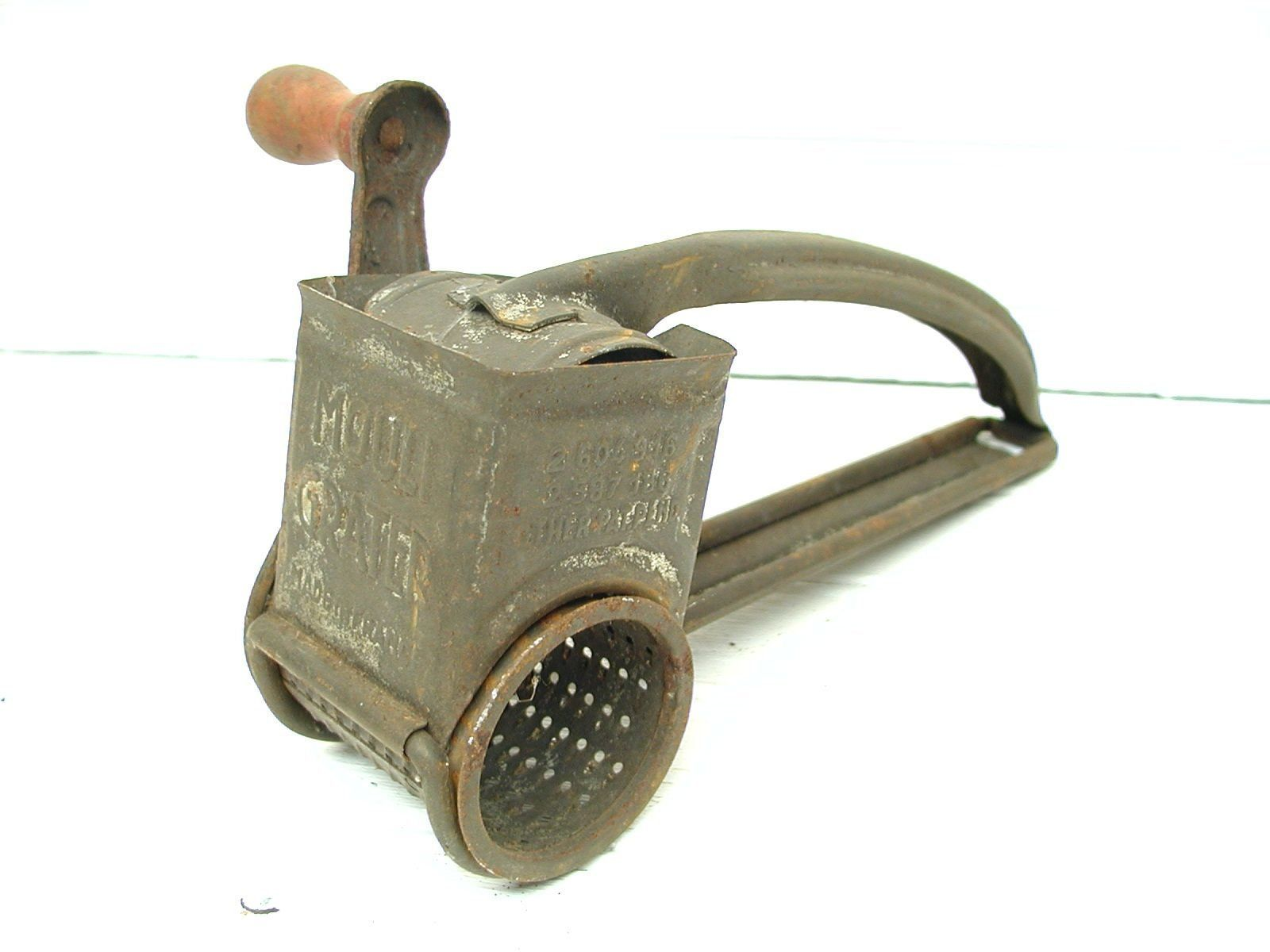 Perfectly Primitive - Vintage Tin Grater - Red Handle - Gadget