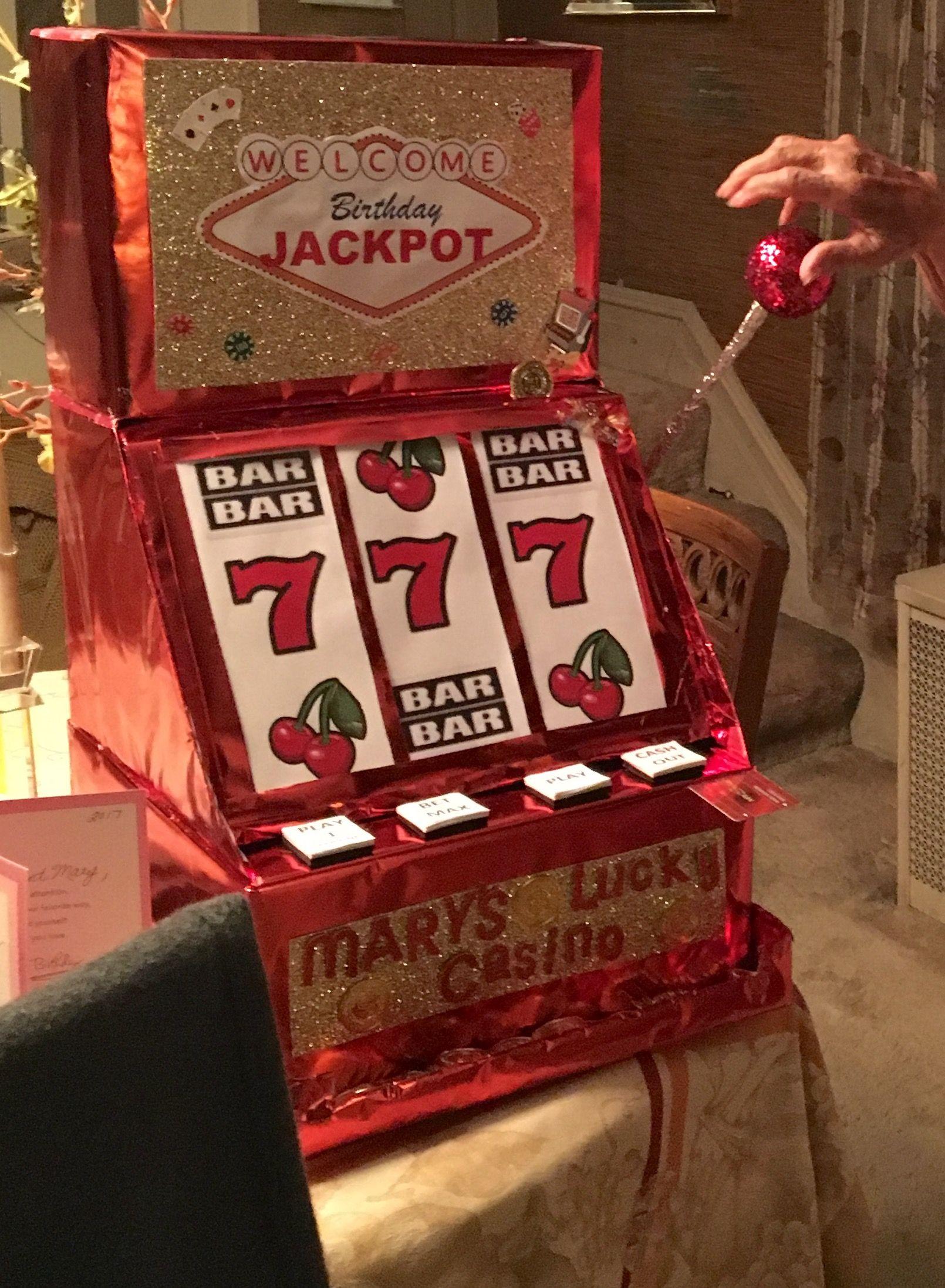Mad money jar casino casino de mallorca dress code